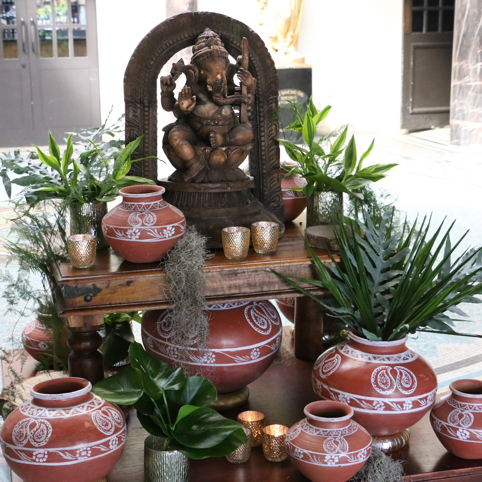 Ganesha foyer with traditional elements