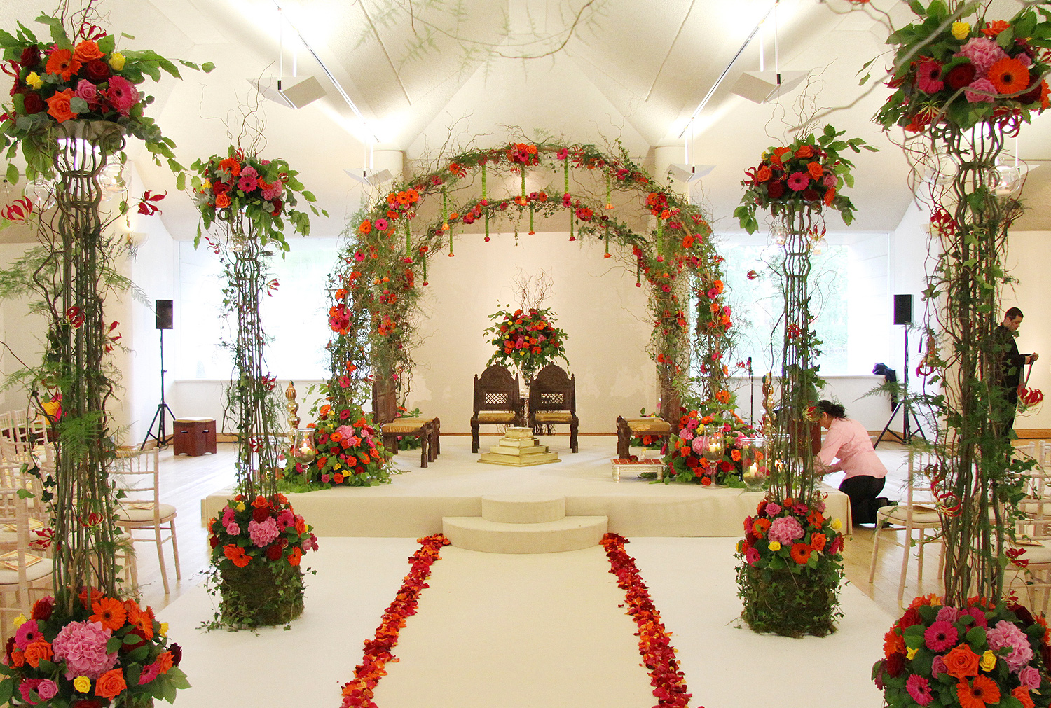 Enchanted Woodland Mandap, Tewinsbury Farm