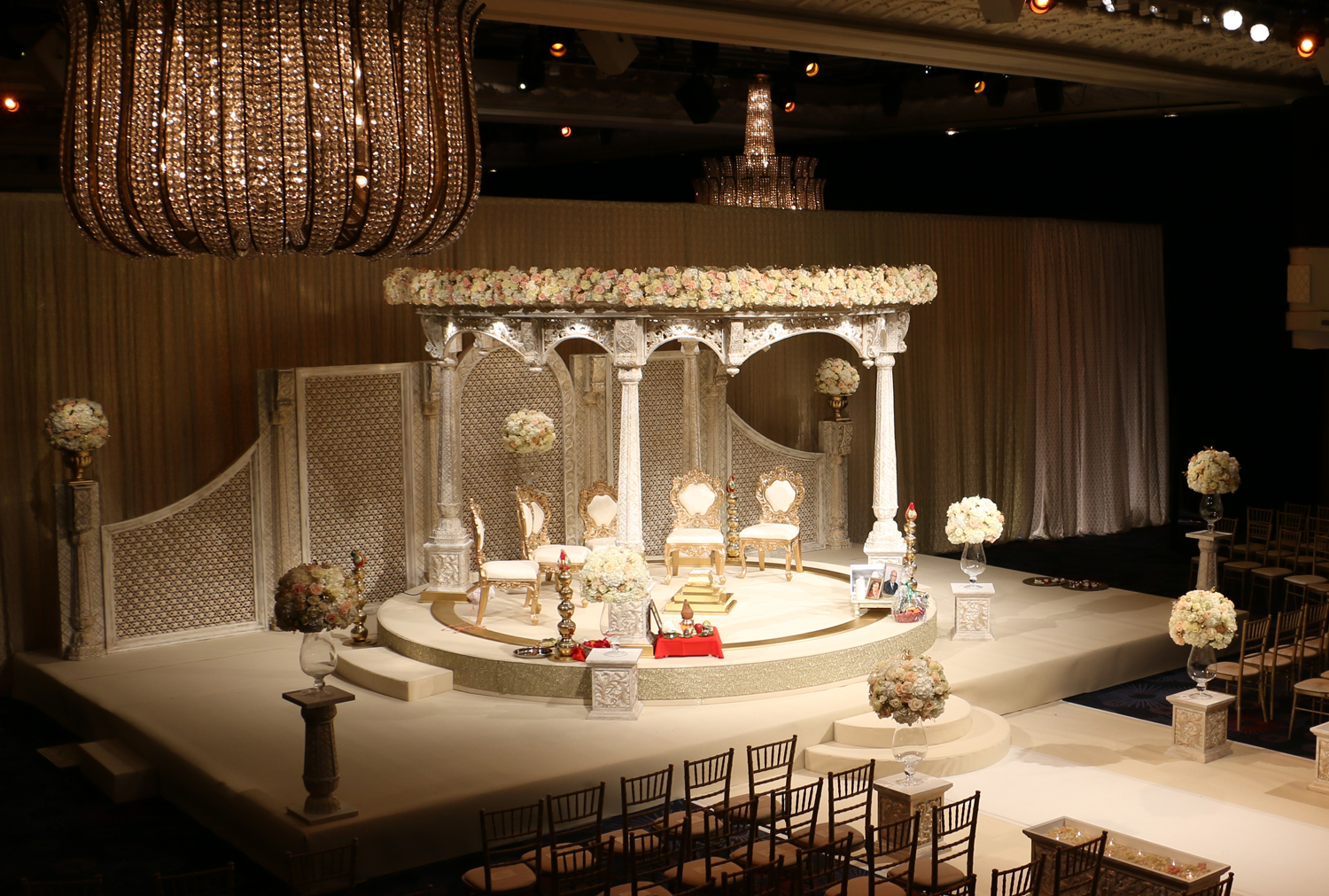 Shivalee Palace Mandap, Grosvenor House, The Great Room